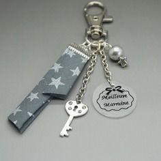 Porte clef bijoux de sac cabochon meilleure marraine etoile clef liberty gris