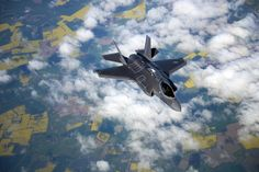 F-35A Lightning II of the US Air Force arise in Estonia and Bulgaria. Conveying and arrival of the F-35A Lightning II to Amari and Graf Ignatievo.    © US Air Force.