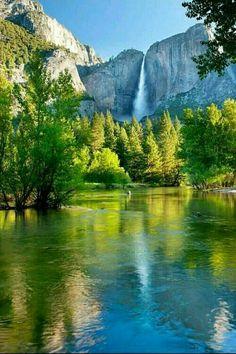 Beautiful Photos Of Nature, Nature Photos, Beautiful Landscapes, Beautiful World, Landscape Photography, Nature Photography, Nature Secret, Green Scenery, Yosemite Falls
