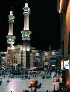 Allah Islam Muslim, Islam Beliefs, Allah Islam, Islam Quran, Islam Religion, Islamic World, Islamic Art, Beautiful Mosques, Beautiful Places