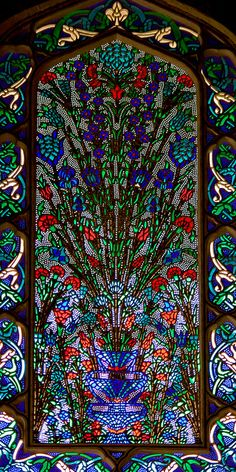 Topkapi Palace, Istanbul, Turkey, via Bilge Kurtuluş Leaded Glass, Stained Glass Art, Stained Glass Windows, Mosaic Glass, Islamic Architecture, Art And Architecture, Art Nouveau, Wow Art, Ottoman Empire