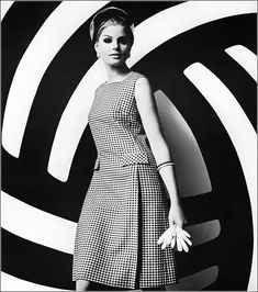 1960s houndstooth shift dress