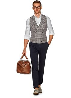 Suitsupply Waistcoat: Our tailored waistcoats are ideal to complement your style. Italian fabrics, impeccable slim fit—just a few reasons you should check out our latest arrivals! Mens Fashion Suits, Men's Fashion, Gentlemen Wear, Elegant Man, Urban Street Style, Blazer Suit, Menswear, My Style, Gentleman