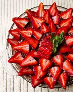 Raw/ Vegan chocolate strawberry pie
