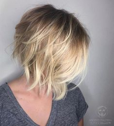 Choppy and Wavy Lob - 60 Inspiring Long Bob Hairstyles and Long Bob Haircuts for 2019 - The Trending Hairstyle Blonde Balayage Bob, Blonde Highlights, Blonde Bob Hair, Inverted Bob Haircuts, Blonde Inverted Bob, Inverted Bob Cuts, Line Bob Haircut, Blonder Bob, Bobs For Thin Hair