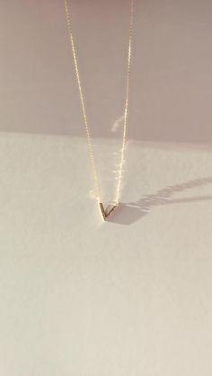 Dainty Jewelry, Women's Jewelry, Cute Jewelry, Jewelery, Silver Jewelry, Jewelry Accessories, Jewelry Design, Layered Necklace, Simple Necklace