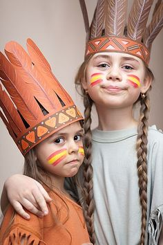 Halloween costume ideas for kids? You'll be judged for your kid's garb -- from sexy candy striper to simple witch outfit. Dress Up Costumes, Diy Costumes, Halloween Costumes, Costume Ideas, Indian Theme, Indian Party, Carnaval Kids, Indian Face Paints, Indian Birthday Parties