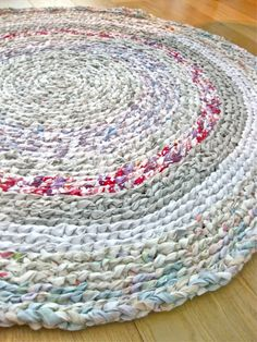 The person used thrifted sheets for this crocheted rag rug.