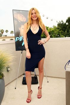 Bella Thorne.. Missguided dress, and Stuart Weitzman Sandals..