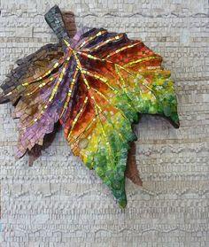 Feuille d'automne en mosaïque