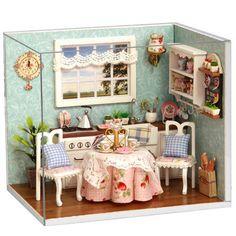 Nur US$13.99Am besten kaufen Cuteroom Dollhouse Mini Esszimmer DIY Kit mit Deckel und LED Verkauf Online-Shop unter Großhandelspreis. US./ EU Lager