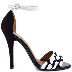 Lucky Charm - Wht Blk Tech by Chinese Laundry
