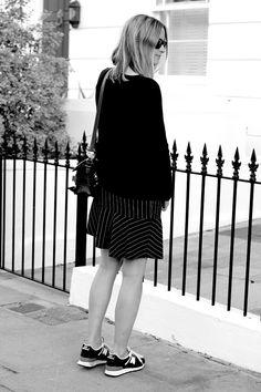 Pinstripe  amp  New Balance   THEFASHIONGUITAR  pregnant  style  maternity   fashion Zara 2b54223e2c92