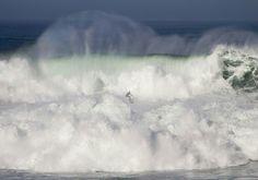 Surfeando en el cielo Foto: Bea Fages en #LaVAcaXXL #SurfenCantabria