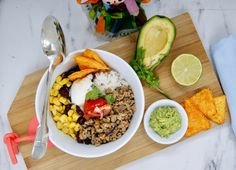 Taco bowl Taco Bowls, Guacamole, Menu, Fried Rice, Cobb Salad, Tacos, Ethnic Recipes, Food, Pico De Gallo