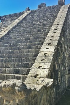 Admire every detail on the Chichen Itza ruins. This archaeological site will amaze you. Hop on Xichen Tours!