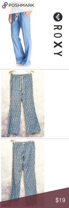 ROXY Chambray Beach Lounge Pants ~~~ROXY Chambray w/ White Diamond Design Beach Lounge Pants ~~ Size L ~~ Waist 26 elastic/ties & stretches to 36 ~~ Hips 38 ~~ Inseam 32 ~~ Linen/viscose blend ~~ 2 front pockets & 2 back pockets ~~~ Excellent condition, no flaws ~~ Model is wearing same style in different color ~~ NO TRADES PLEASE💕 Roxy Pants Boot Cut & Flare