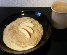 Apfelgrieß mit Vanillejoghurt