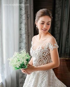Kaye Abad Wore A Gorgeous Francis Libiran Gown To Her Wedding Wedding Colors, Wedding Styles, Wedding Photos, Wedding Ideas, Francis Libiran Gowns, Bridal Gowns, Wedding Gowns, Wedding Bouquets, Bridesmaid Dresses