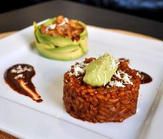 fancy mexican food mexican food Mole Risotto with Chicken and Avocado Puree - Daring Cooks Mar — FSK Mexican Sushi, Mexican Dishes, Mexican Menu, Gourmet Recipes, Mexican Food Recipes, Cooking Recipes, Gourmet Foods, Couscous, Food Porn