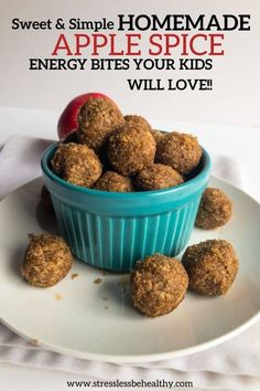 apple spice energy bites Healthy Kids Snacks For School, Kid Snacks, After School Snacks, No Bake Energy Bites, Spiced Apples, Picky Eaters, Great Recipes, Clean Eating, Spices