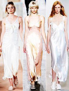 Slipdresses. Wenn es nach Balenciaga, Alexander Wang und Calvin Klein geht, können wir unsere Lingerie 2016 auch auf der Straße anziehen.