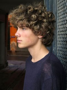 Chill Style Medium Haircuts for men - Men's Hairstyle Boys With Curly Hair, Haircuts For Curly Hair, Curly Hair Cuts, Medium Hair Cuts, Haircuts For Men, Medium Hair Styles, Curly Hair Styles, Teenage Boy Hairstyles, Long Curly Hair Men