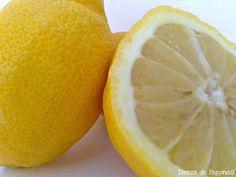 Hoy en Nos gusta cocinar con… le toca el turno al limón, que es altamente alcalinizante y uno de los productos más sanos y versátiles de la naturaleza, ya que puede utilizarse de múltiples formas, en bebidas, en platos dulces y salados. El limón posee una elevadacantidadde vitamina C, así como vitamina A, algunas del...Sigue leyendo »
