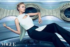 Gemma Ward a Vogue oldalain tündököl!
