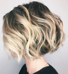 Tousled Wavy Bob with High Contrast Balayage