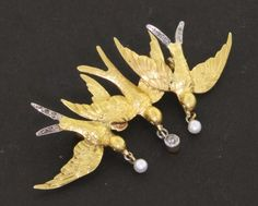 Antique 18k yellow gold 0.19ct diamond and pearl three bird brooch