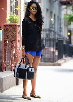Petite fashion bloggers :: Walk in Wonderland :: Blue shorts