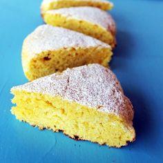 Perfect moist lemon cake (in Romanian)