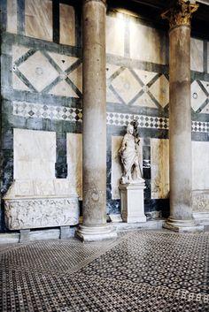 Palazzo Borghese, Florence