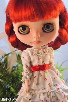 Vestido estampado con cerezas para muñeca Blythe, pullip