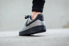 Nike Air Force 1 WMNS-Metallic Silver-Black-1