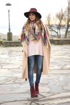 6S1A0396 Girls Fall Fashion, Autumn Fashion, Fashion Outfits, Fashion Trends, Trendy Taste, Oversized Coat, Fall Winter Outfits, Plaid Scarf, Casual Looks