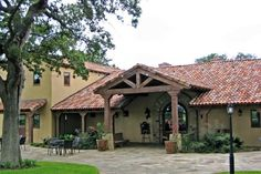 Discover a taste of Tuscany in the Texas Hill Country, Examiner.com, October 30, 2012