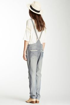 powder grey dungarees and oversize tshirt, a chic casual any day look with brogues and hat it looks quirky too these clothes items are wardrobe essentials for alice everyday wear kit,usually add a cropped jacket or cardi and a infinity scarf to change look and to suit daytime occasion