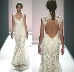 Love this lace - especially the back. Perfect for a small, country wedding!