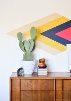 Tutorial for a diamond focal wall (and the trick to perfect paint lines every time!)