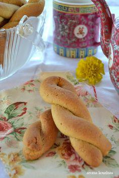 Άρωμα Κουζίνας: Κουλουράκια με ταχίνι Pastry Cake, Bagel, Cereal, Food And Drink, Vegan, Breakfast, Morning Coffee, Patisserie Cake, Vegans