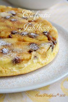 Unavená vařečka: Clafoutis..... jablkový Apple Dessert Recipes, Sweet Desserts, Sweet Recipes, Cake Recipes, Fruit Bread, How Sweet Eats, Desert Recipes, Bellisima, Cupcake Cakes