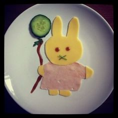 Food with Faces Food Humor, Funny Food, Miffy, Cooking With Kids, I Foods, Food Art, Kids Meals, Cool Kids, Party Time