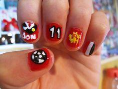 manchester united nail art.