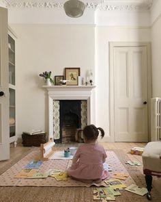 Walls : Wimborne white Woodwork : Shadow white #farrowandball #paint #inspiration Wimborne White, Homestead House, Spring Time, Homesteading, Paint Colors, Woodworking, Colours, Bright, Inspiration