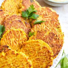 These crispy low carb cauliflower hash browns are deliciously cheesy and spiced with turmeric. Cauliflower Fritters, Spiced Cauliflower, Cauliflower Recipes, Breakfast Plate, Breakfast For Dinner, Gluten Free Recipes, Low Carb Recipes, Cooking Recipes, Low Carb Flour