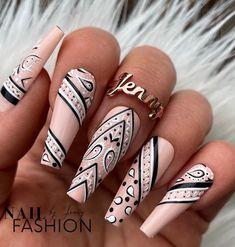 Glam Nails, Dope Nails, Stiletto Nails, Beauty Nails, Stiletto Nail Designs, Perfect Nails, Gorgeous Nails, Pretty Nails, Gucci Nails
