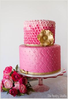 Def not in pink ! Take The Cake, Love Cake, Amazing Wedding Cakes, Amazing Cakes, Pretty Cakes, Beautiful Cakes, Art Deco Cake, Hot Pink Weddings, Fuschia Wedding