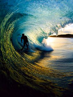 Ed Sloane captures the beauty of the ocean and surfing through his lens. A mix of art and action in a perfect aesthetic composition is what makes his photography unique. No Wave, Cool Photos, Beautiful Pictures, Amazing Photos, Surfing Photos, E Mc2, Waves, Ocean Beach, Beach Bum